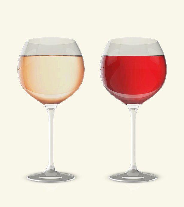 Twee wijnglazen met twee verschillende kleuren rosé erin