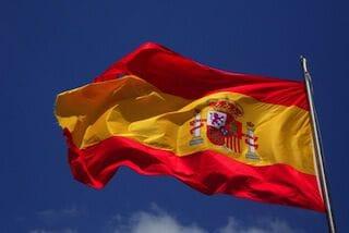 wappenderende spaanse vlag
