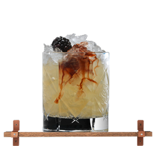 cocktailglas met dramble