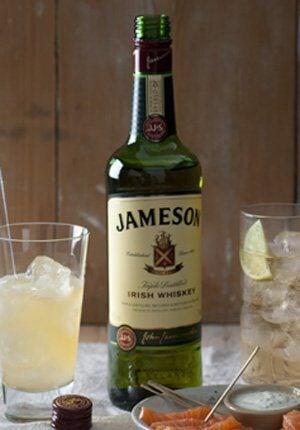 Een fles Jameson