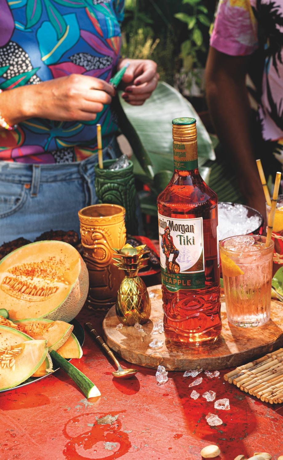 Een cocktail gemaakt met Captain Morgan Tiki