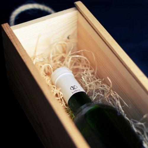 wijn in doos