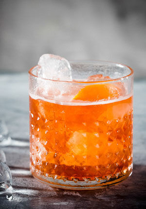 Een cocktail tequila old fashioned