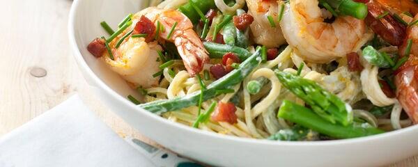 Pasta met gamba's en groene asperges