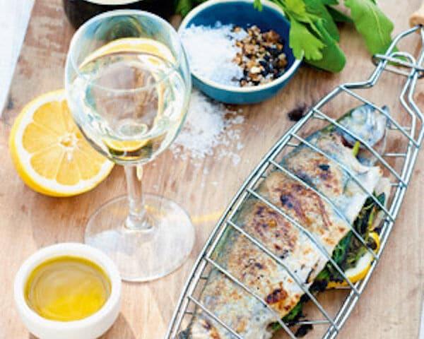forel met citroen en groene kruiden