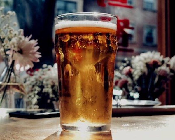 glas glutenvrij bier