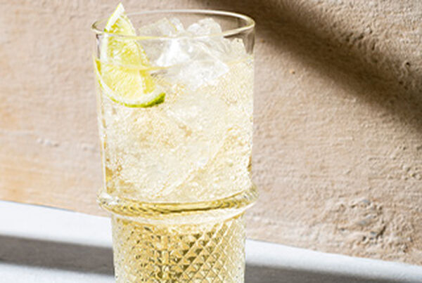 whisky ginger ale cocktail