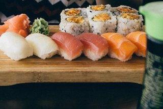 Bij sushi?