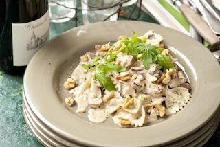 Pasta met paddenstoelen en walnoten
