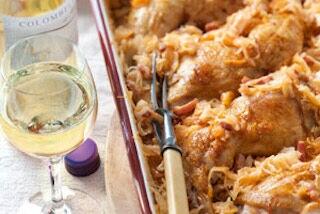 Romige zuurkoolschotel met kip