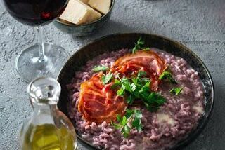 Risotto met rode wijn en krokante pancetta