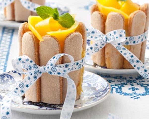 Charlottetaartje met mango-yoghurtvulling